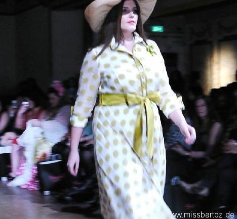 carolyn de la drapiere British Plus Size Fashion Weekend