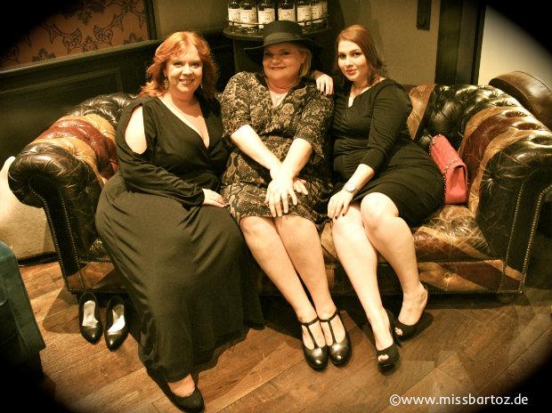 Drei Damen in Anna Scholz