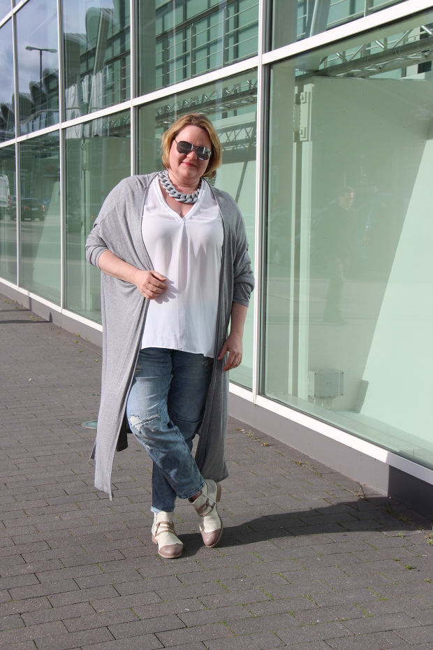 Jeans und Longcardigan