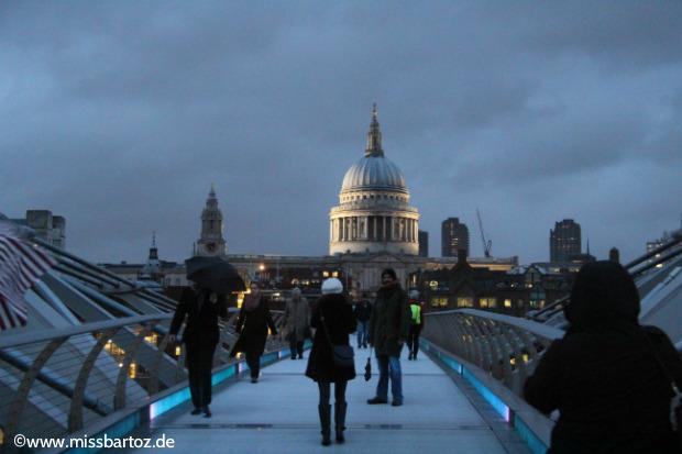 London Inspiration Millenium Bridge