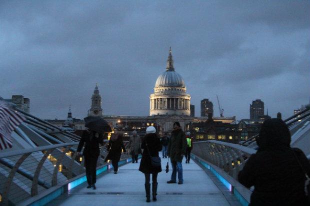 Millenium Bridge und Stant Pauls