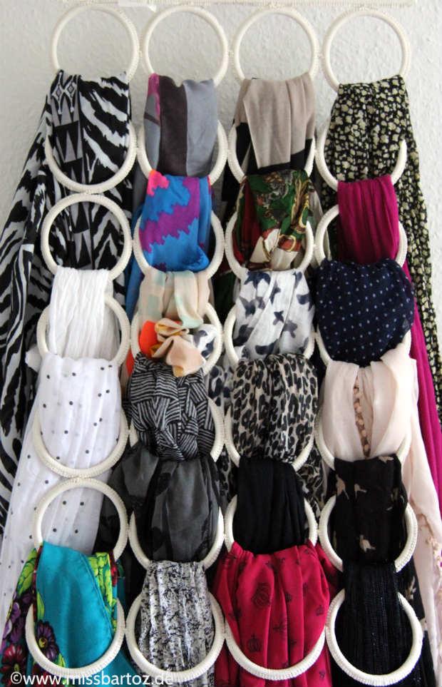 perfekter Kleiderschrank Schals